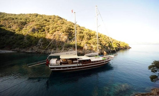 'dear Lila' Turkish Gulet Charter In Fethiye