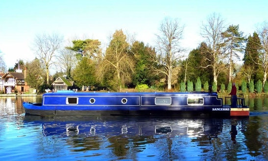 Sancerre Canal Boat Hire In Bisham