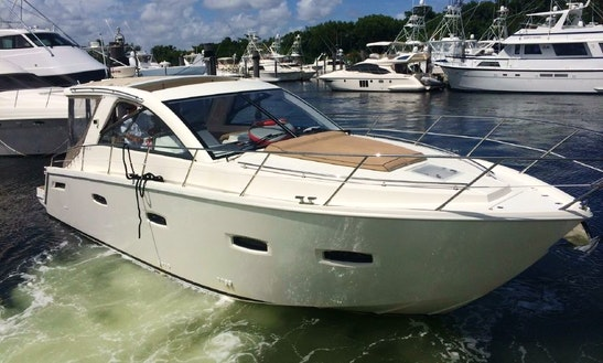 Charter The 40ft Sealine Motor Yacht With Captain In Miami, Florida