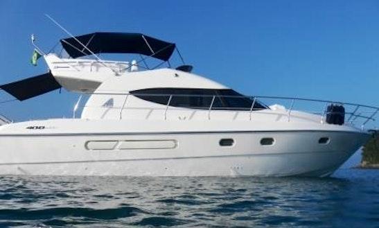 Charter 40' Azimut Full Motor Yacht In Angra Dos Reis, Brazil