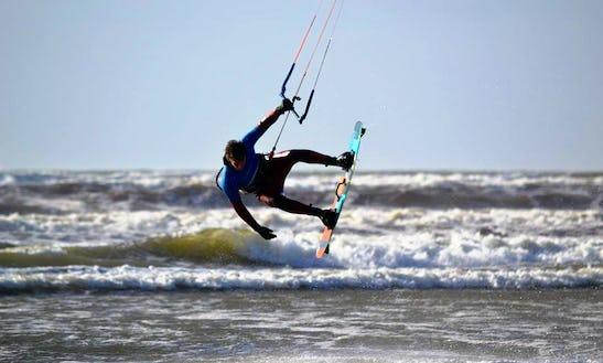 Kiteboarding Lesson In Clare