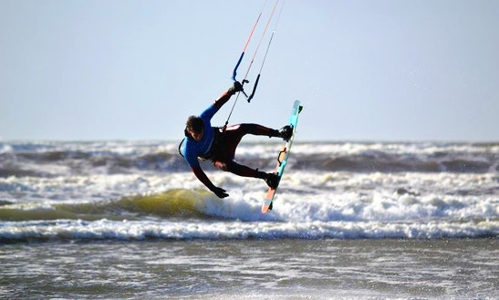 Kiteboarding Lesson In Clare