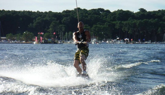 Wakeboarding Hire In Biscarrosse
