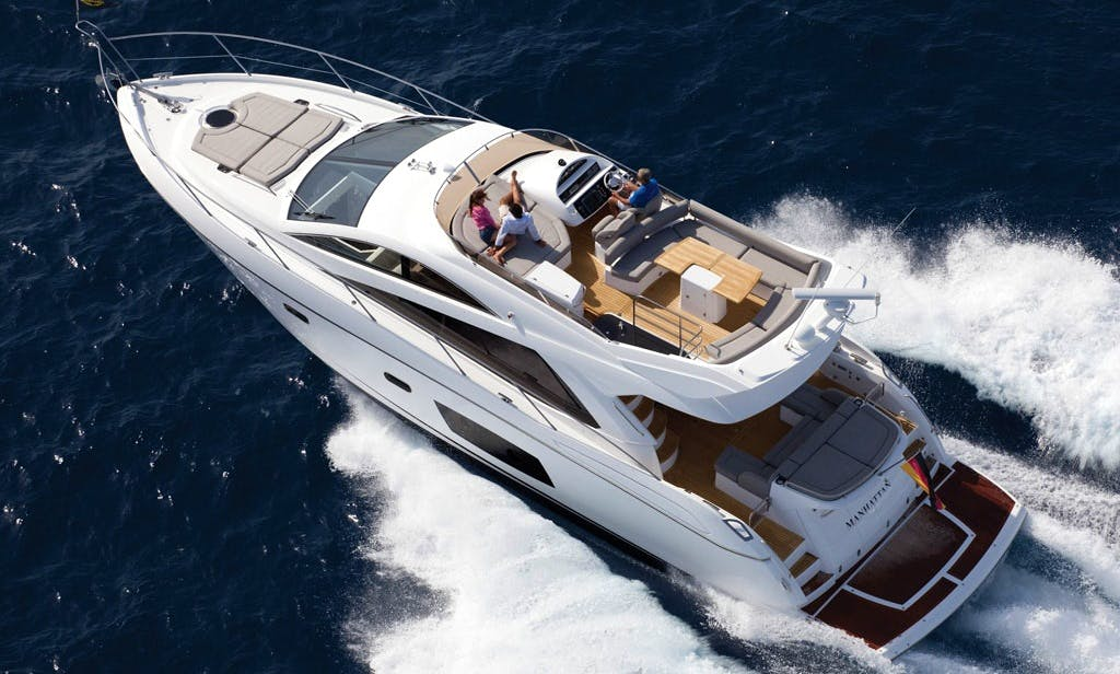 Charter new Luxury Yacht Sunseeker in Mediterranean