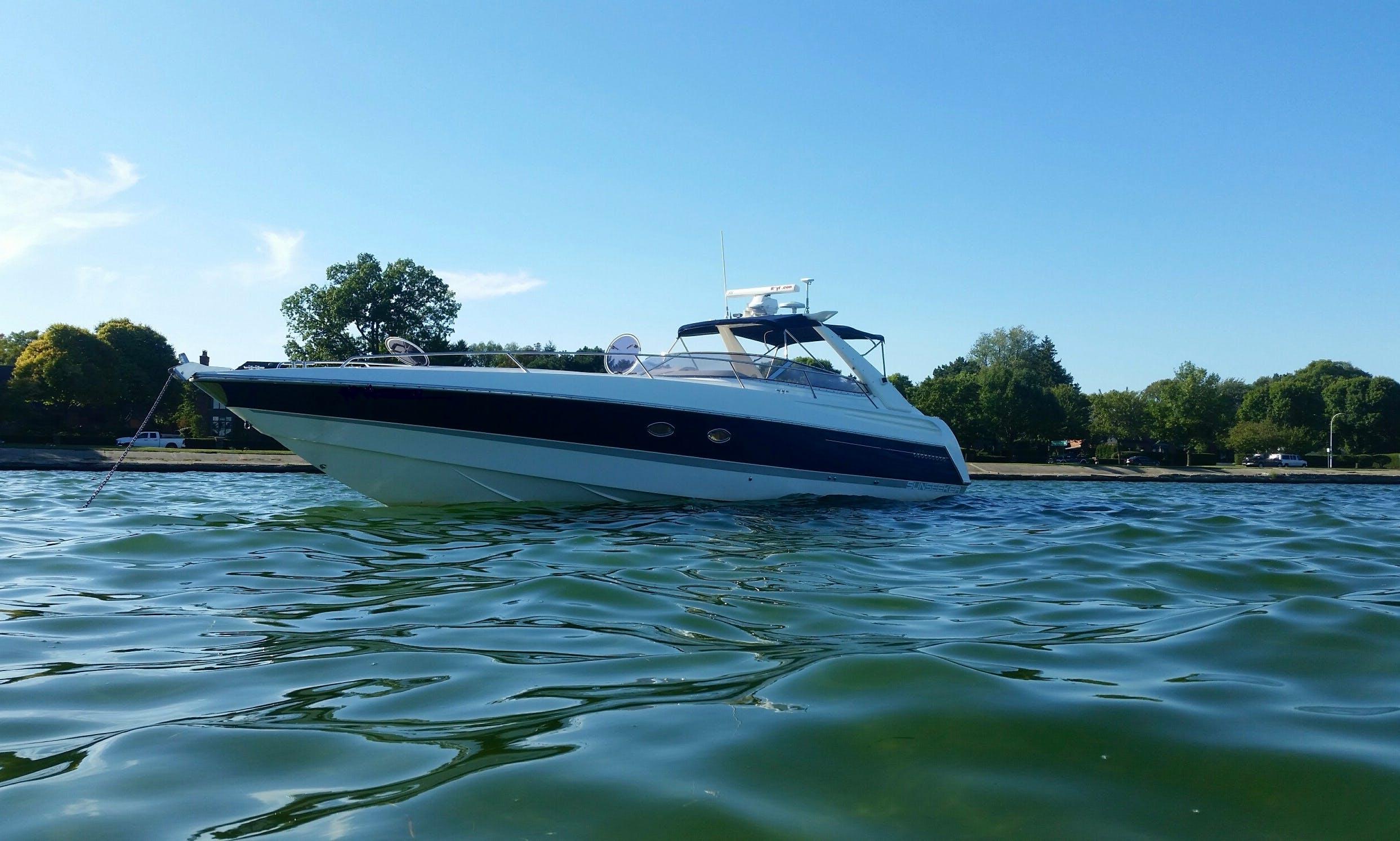 Motor Yacht Rental in Saint Clair Shores, Michigan