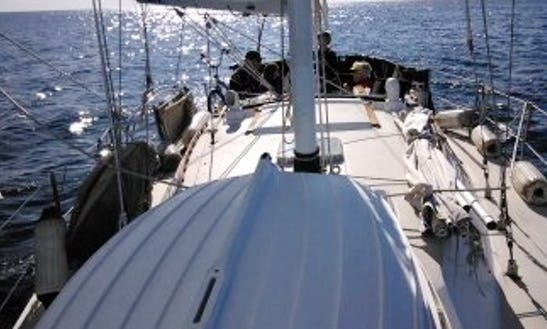 Enjoy 36' Cruising Monohull Charter In San Diego, Ca