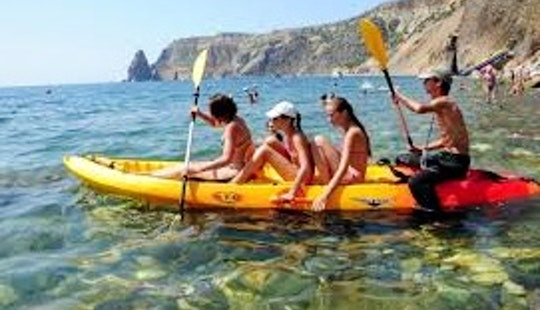 Quatro Kayak Hire To Enjoy Embalse De Pedrezuela Lakes!