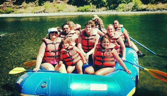 Reserve A Rafting Adventure In Willow Creek, California For 10 Person!