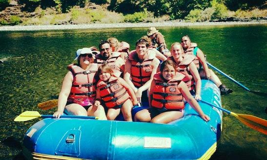 (8-10 Person) Self-bailing Raft In Willow Creek