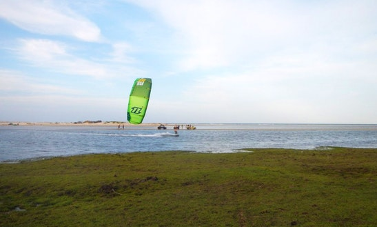 Kiteboarding Courses In Dongo
