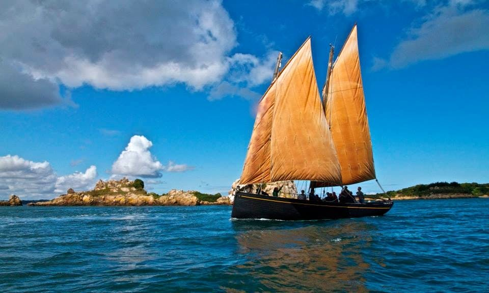 Island Sailing Tour In Paimpol