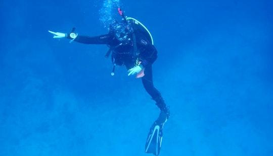 Diving In Utende