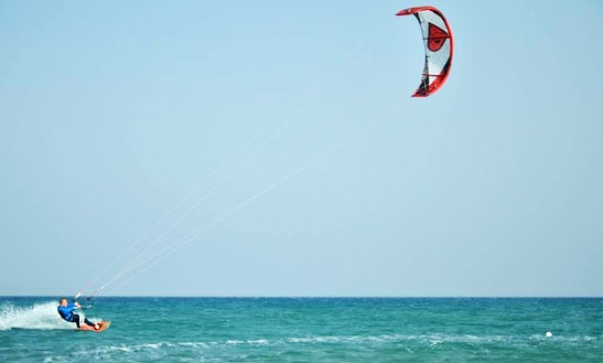 Kite Surfing Rental And Lessons  In Çayönü