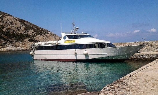 Book A Luxury Motor Yacht Tour In Pisa, Italy