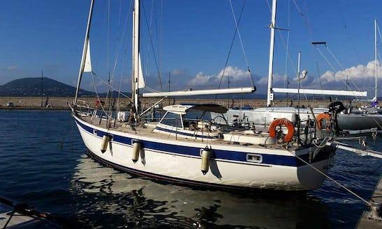 Sloop Captained Charter In Villeneuve-loubet