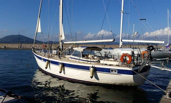 Sloop Captained Charter In Villeneuve-loubet