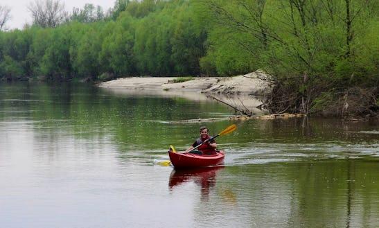 Single Kayak Rental In Łomianki Dolne