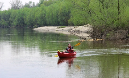 Single Kayak Rental In Łomianki Dolne