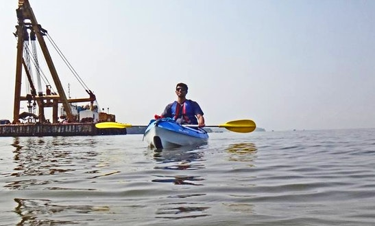 Single Kayaking Trips In The Mapusa River