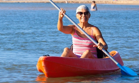 Single Kayak Rental In Currimundi, Australia