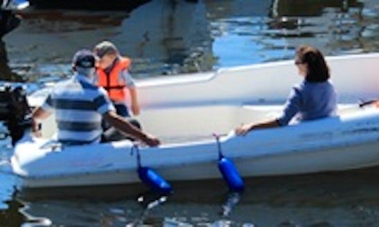 Electric Boat Rental In Guidel, France