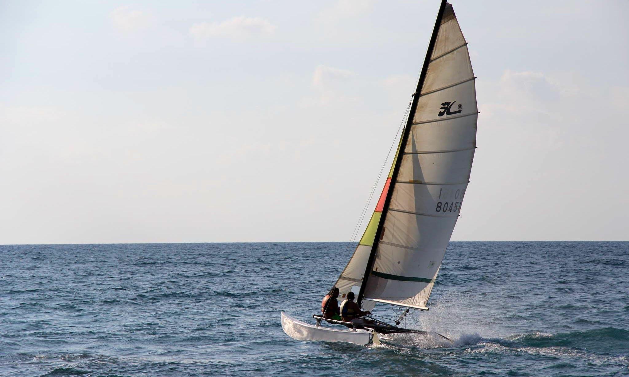'Catamaran Hobie 16' Rental and Sailing Lessons in Thoum