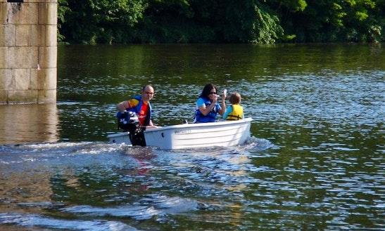 3.5hp Boat Hire In Davle