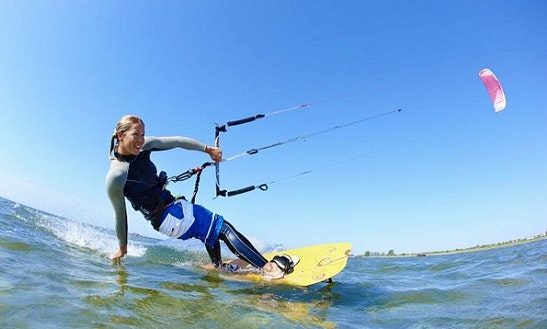 Kitesurfing Courses For 1 Day To 1 Week In Tarifa, Spain