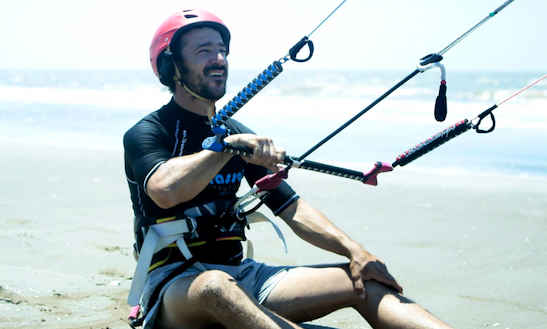Kiteboarding & Courses In Valencia, Spain