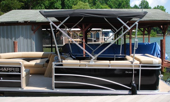 Harris 220 Pontoon Rental On Mountain Island Lake, Charlotte, Nc