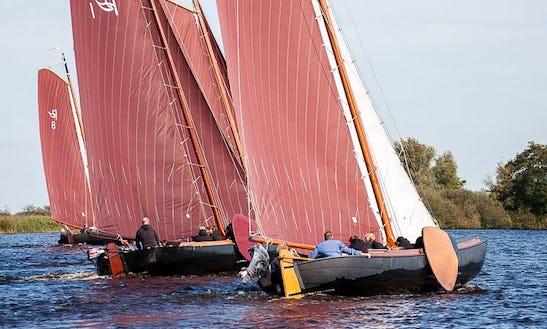 Sail Praam No.12 Boat Trips In Earnewald