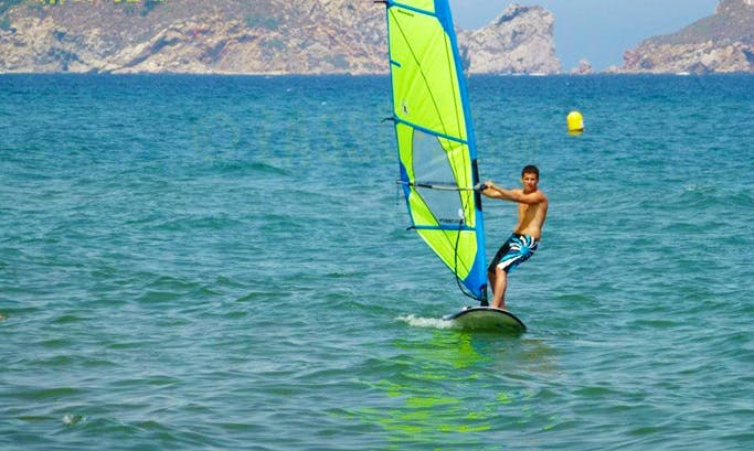 Windsurfing Courses Coach by Professional Instructor in Torroella de Montgrí