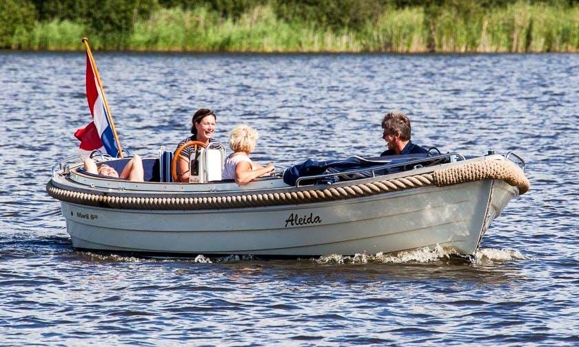 Electric Boat Trips in Earnewald