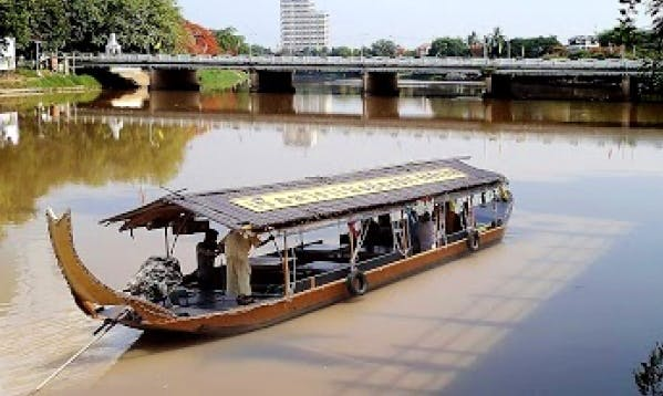 River Cruise In Wat Chiang Mai