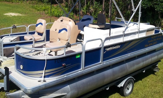 20' Sweetwater Pontoon Rental In Crescent City