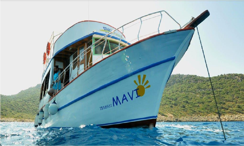Mavi Diving Boat Trips in Antalya