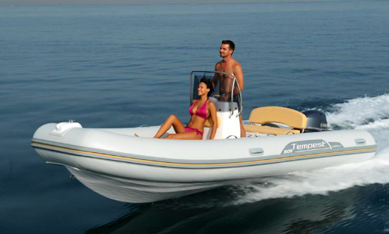 16' Capelli Temp. Rib Rental In Saint-florent, France