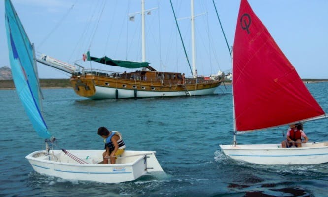 Dinghy Sailing Lessons with Professional Instructor in Stintino, Italy