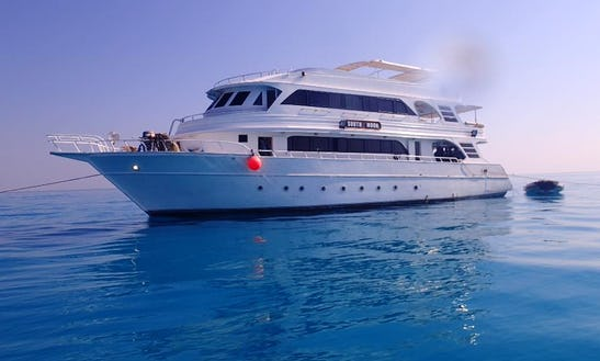 M/y South Moon Dive Boat In Chalkidiki