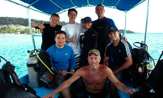 Diving Trips In West Bay, Honduras