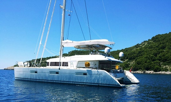 Catamaran Lagoon 620 Luxury