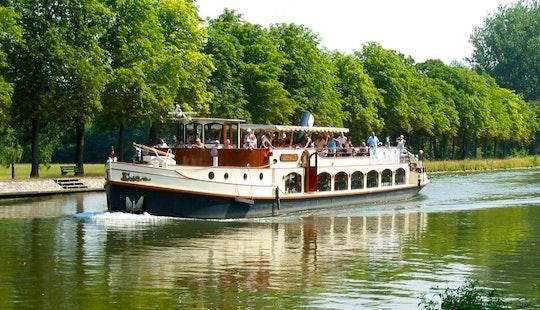 Four Locks Cruising Tour In Maastricht