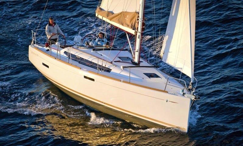 Jeanneau Sun Odyssey 389 Cruising Monohull Charter in Poros Island