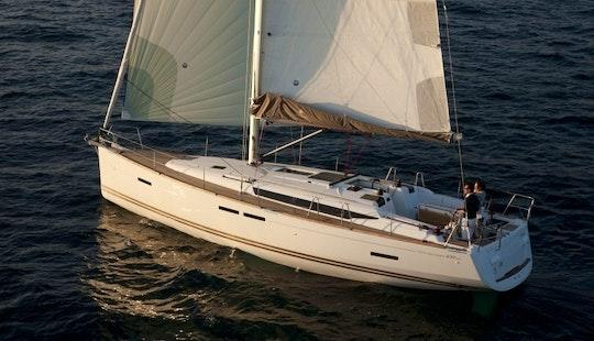 Jeanneau Sun Odyssey 439 Cruising Monohull Charter In Poros