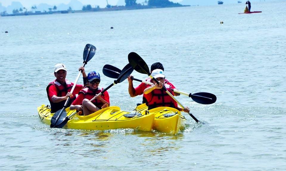 Double Kayaking Trips on Halong Bay