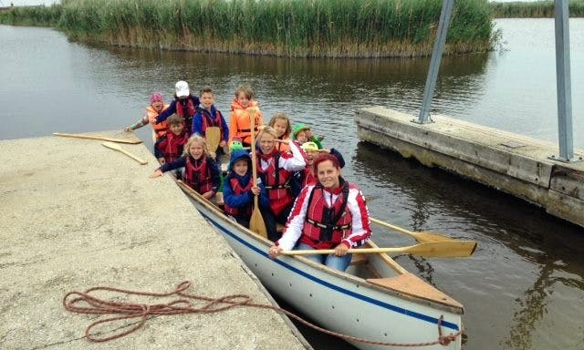 10 seater Canoe in Rust