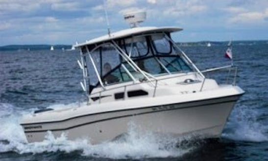 23' Cuddy Cabin Fishing Charter In Vancouver, Canada