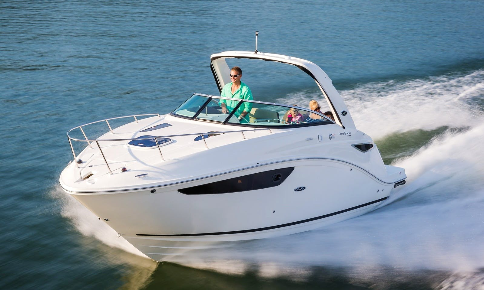 2015 27' Sea Ray Sundancer Motor Yacht Rental In Newport Beach, California