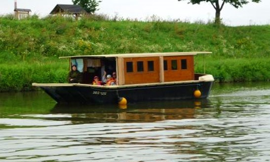Houseboat Ballinka Hire In Slatiňany