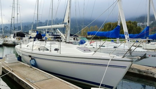 Sailing Charter On 32' Catalina 309 Cruising Monohull In Tahoe Vista, California